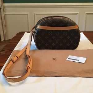 Authentic Louis Vuitton Blois